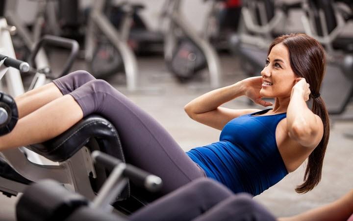Домашний фитнес: упражнения для идеальной фигуры