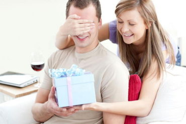 Выбираем мужские духи для подарка