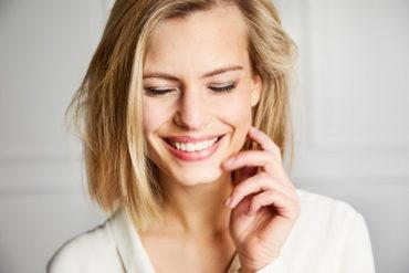Продукты, которые влияют на цвет зубов