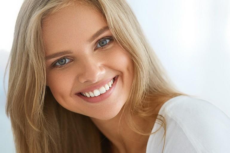 женская улыбка